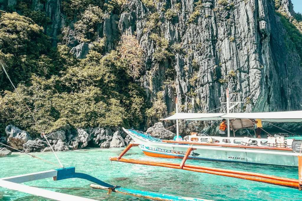 Best island hopping tours in El Nido, Palawan
