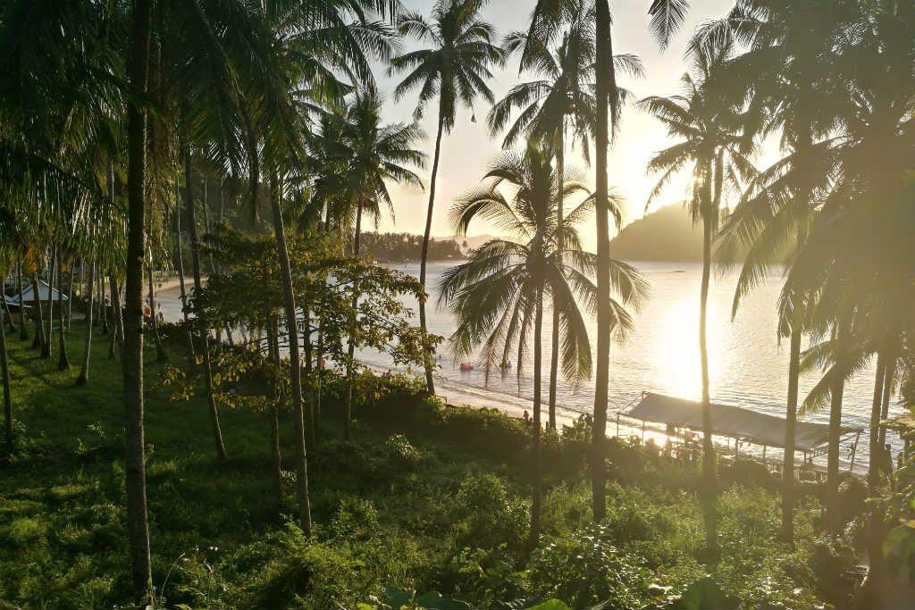 The view when entering Las Cabanas Beach, El Nido