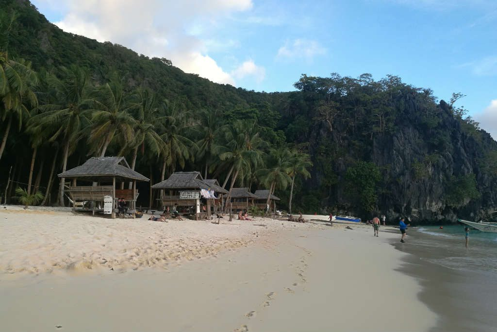 EL Nido Tour A includes 7 Commando Beach.