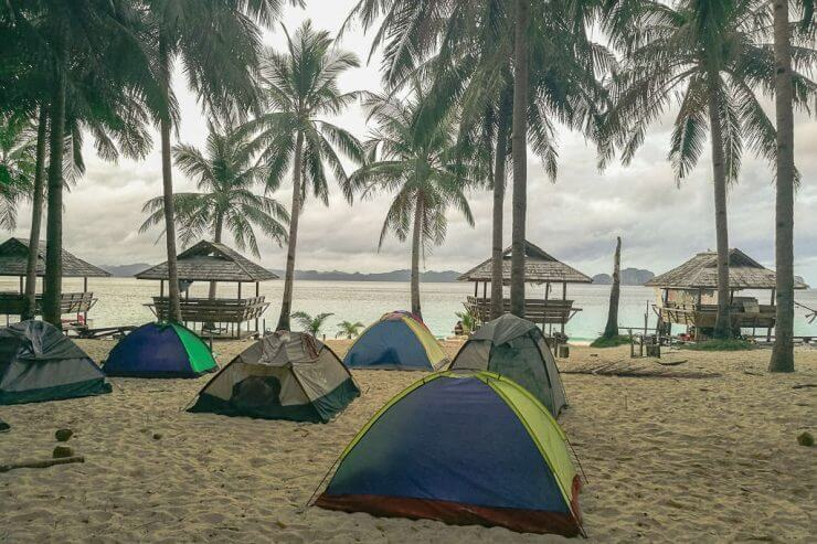 El Nido camping on Seven Commandos Beach