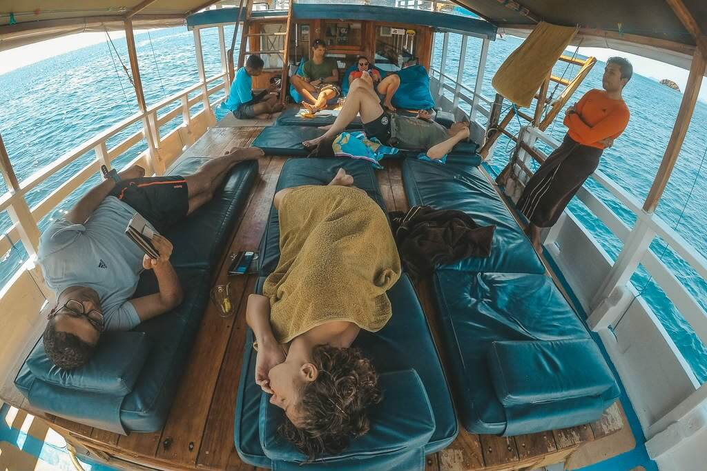 Best diving liveaboard budget