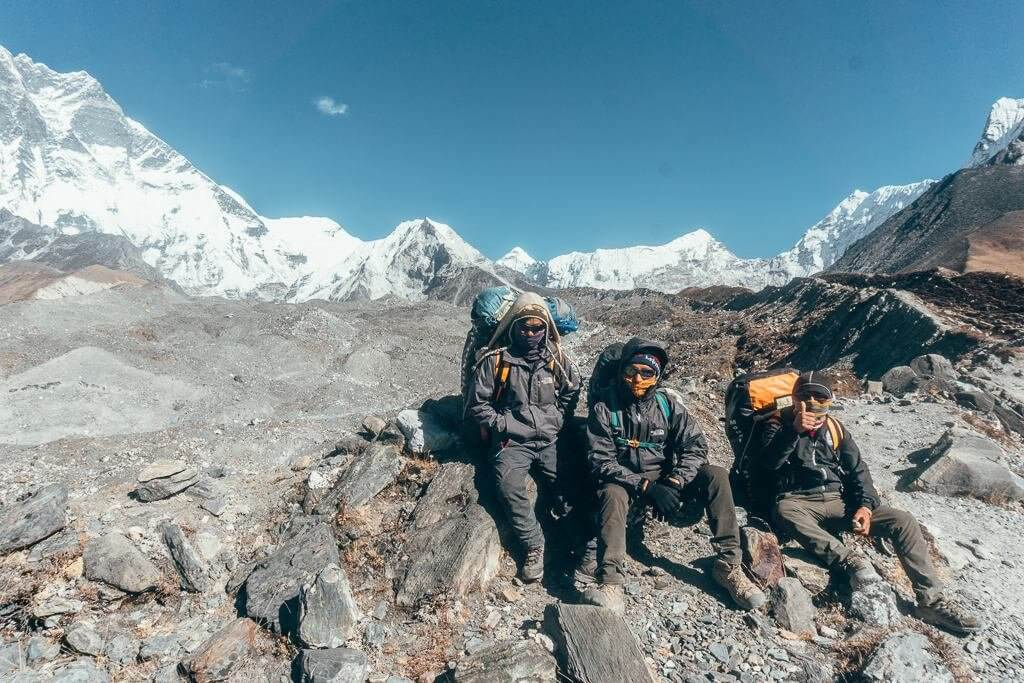 climb island peak near everest base camp