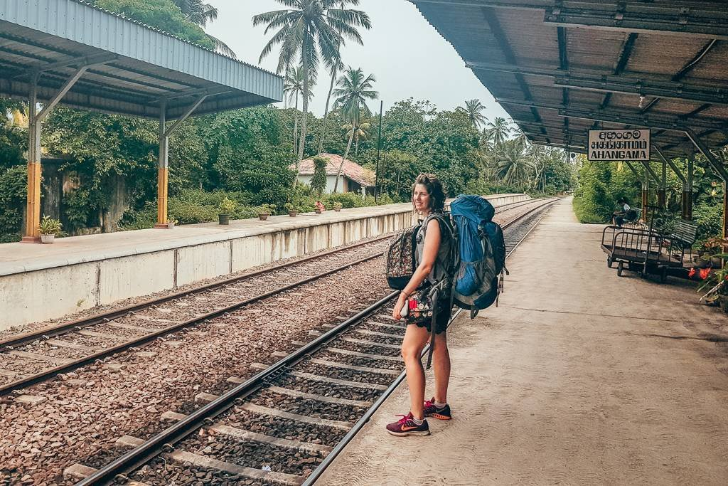 How to get to Midigama from Colombo