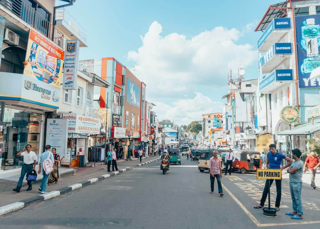 One day Kandy backpacking itinerary