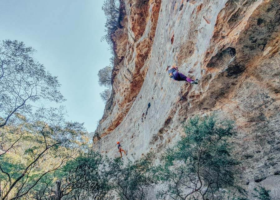 Rock Climbing in the Blue Mountains