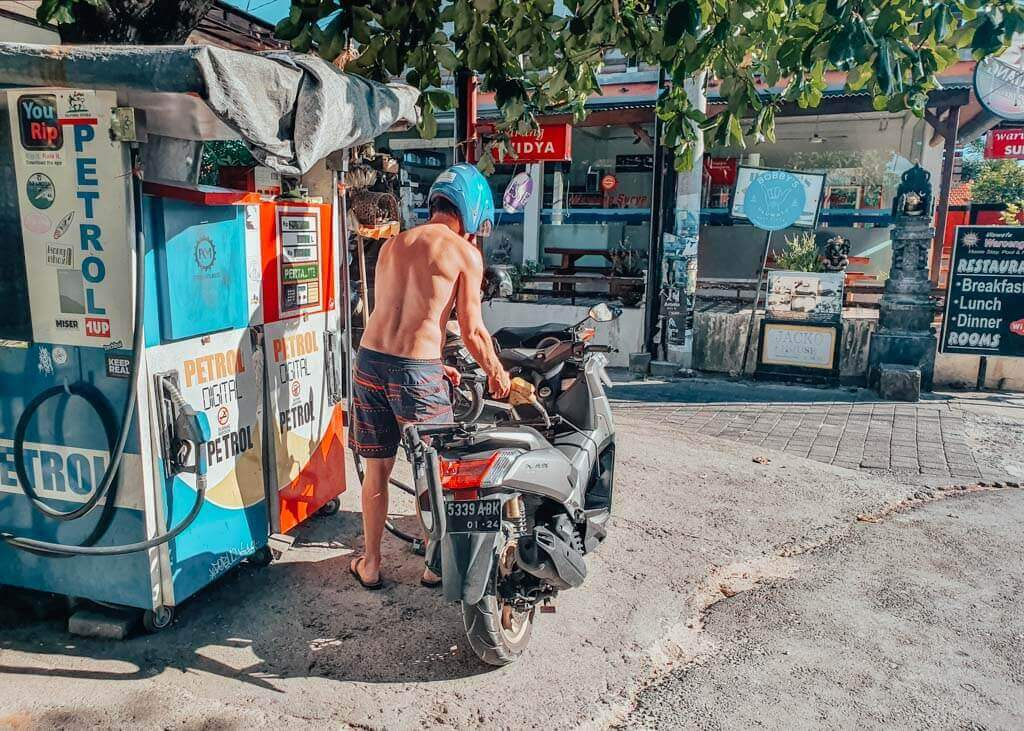 Rent a scooter for 3 weeks in Bali