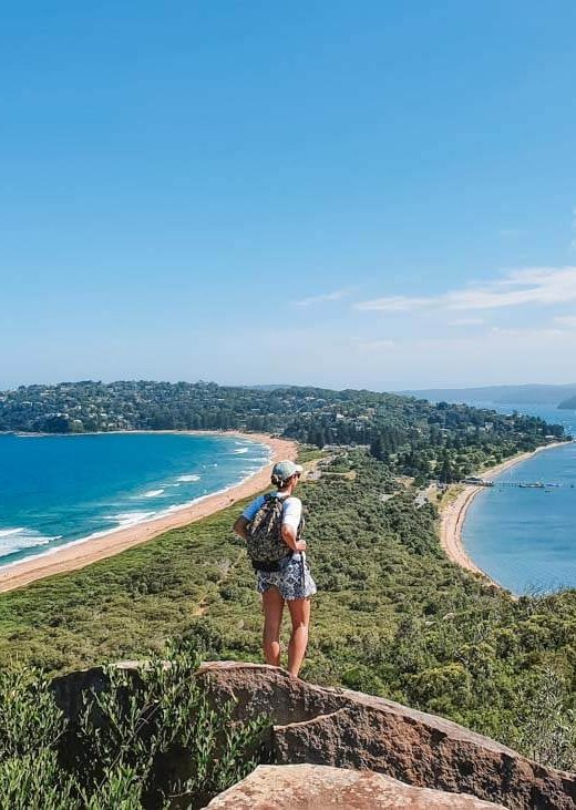 Palm Beach Lighthouse Walk on Barrenjoey Head in Sydney